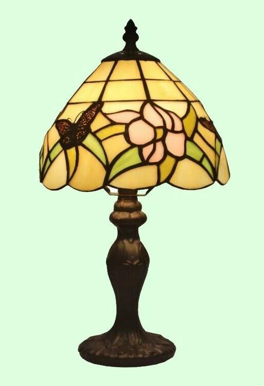 SMALL STAINED TABLE LAMP Tiffany Handcraft Accent